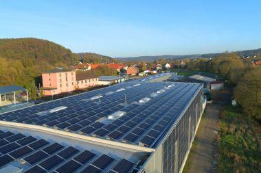 Solaranlage von Müller Kunststofferzeugnisse auf dem Dach